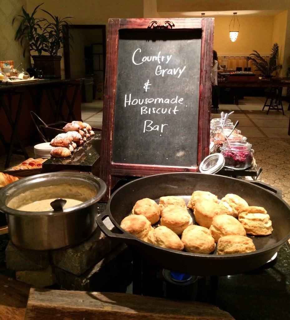 country biscuit and sausage gravy bar trevis restaurant breakfast
