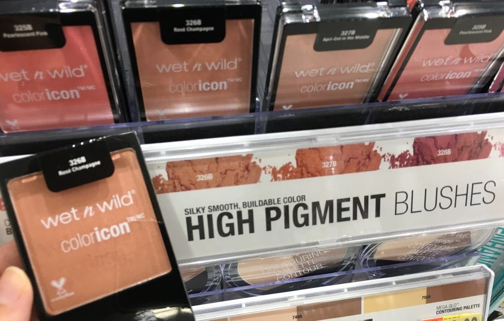 Non-toxic makeup that doesn't cost a fortune? These drugstore makeup brands are healthy beauty choices on a budget. The best blushes and bronzers for your beauty bag.