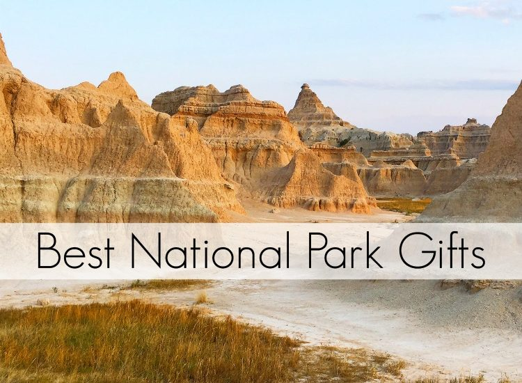 Love traveling to National Parks or dreaming of going to NPS sites soon? Best gifts for family, friends and co-worker presents. This gift guide is perfect for all nature lovers, travelers, and anyone with wanderlust! #Christmas #giftguide #NationalParks