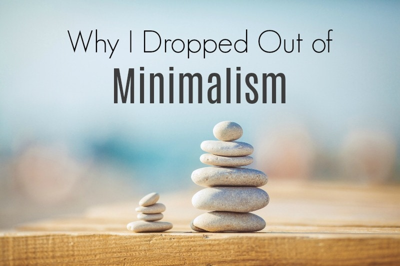 I hate minimalism. Tried it and dislike it. I'm not a hoarder. I don't own lots of stuff that keeps me disorganized. There's one very good reason that a minimalist lifestyle can eventually be bad for your life. You'll be surprised what it is. #minimalism #minimalist #organize #declutter