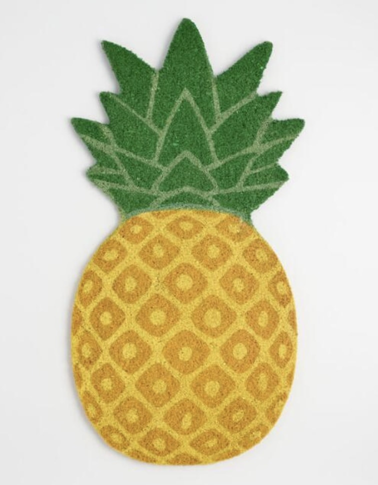 pineapple shaped door mat