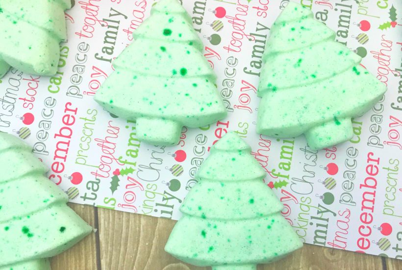 Natural Green Christmas Tree Bath Fizzies DIY Homemade Gifts