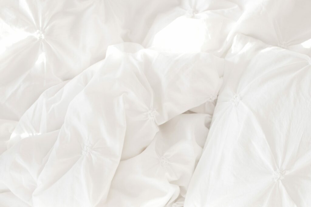 white comforter heavy blanket