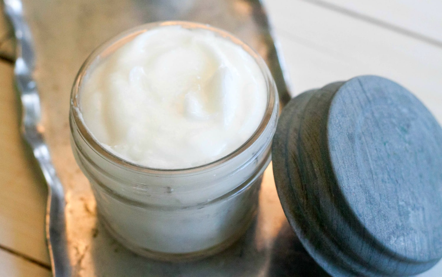 Easy DIY Whipped Coconut Oil Lotion